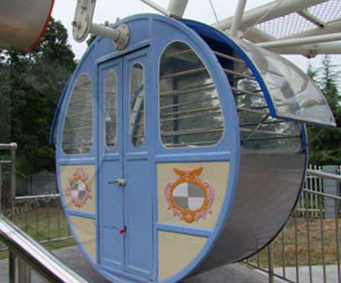 Ferris Wheel Cabins Seats