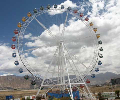 Amusement Park Classic Ferris Wheel Ride